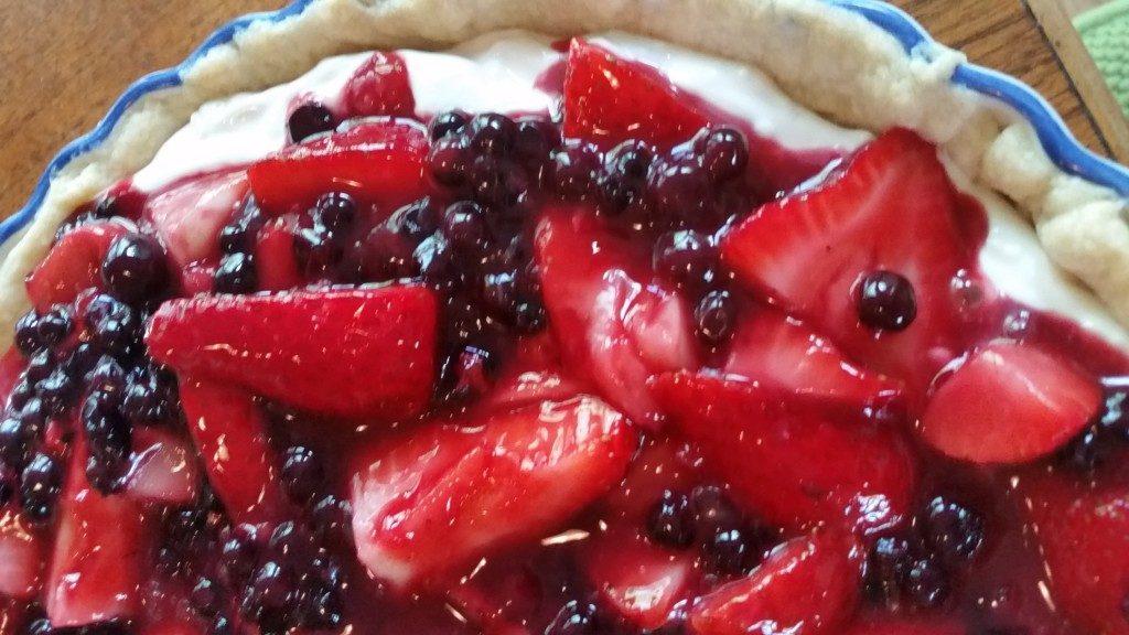 No Bake Berry Cream Pie